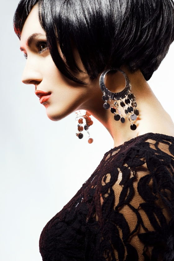 Woman wearing danglers.