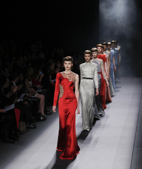 Models wearing Jenny Packam gowns