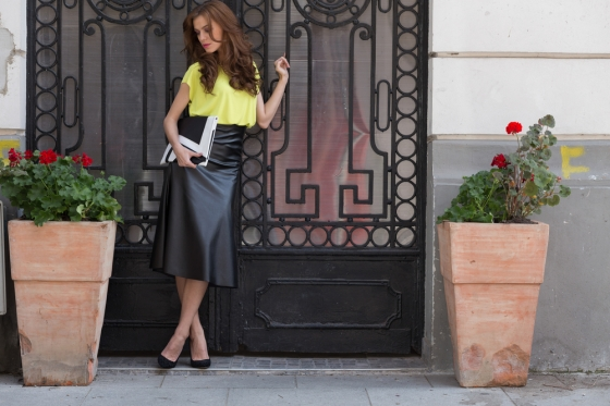 Woman wearing midi skirt